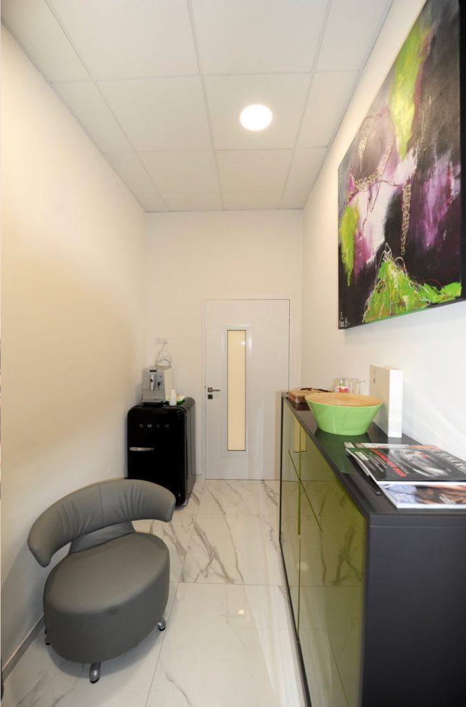 salle de repos Salle de soins du cabinet dentaire Richard Garrel a Avignon dans le Vaucluse. Implant dentaire et pose d'implants dentaires